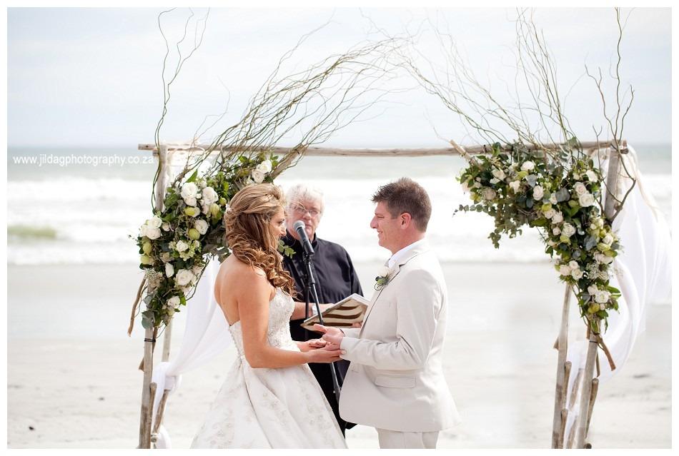 Strandkombuis-Beach-wedding-Jilda-G-Photography-37