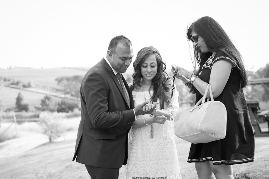 Dilhan and Yashina proposal at Remhoogte Wine Estate