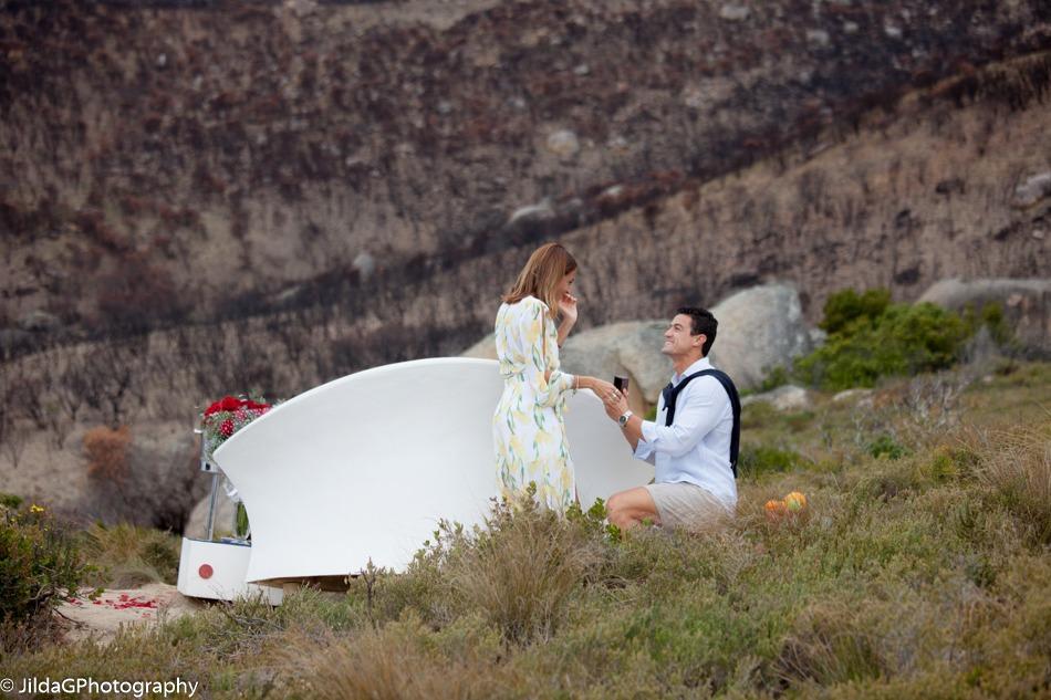 Karim and Tari marriage proposal