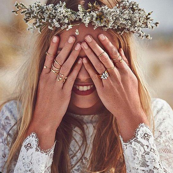 BOHEMIAN-STYLE BRIDE