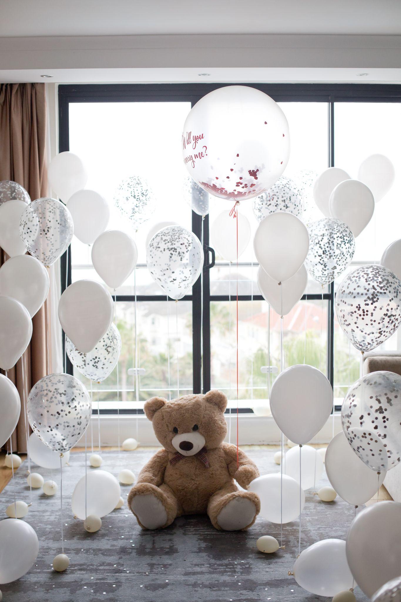 Teddy bear proposal in Cape Town