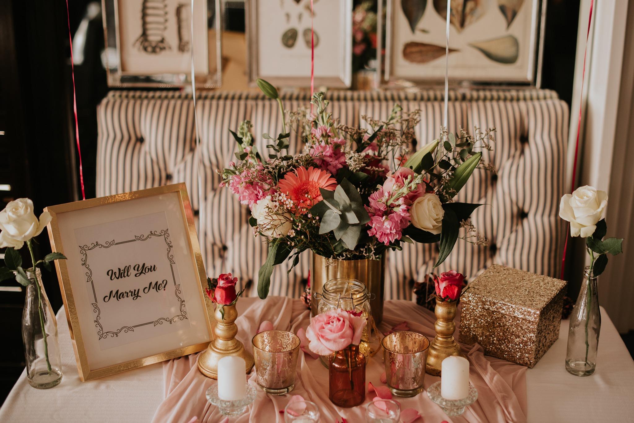 Restaurant marriage proposal